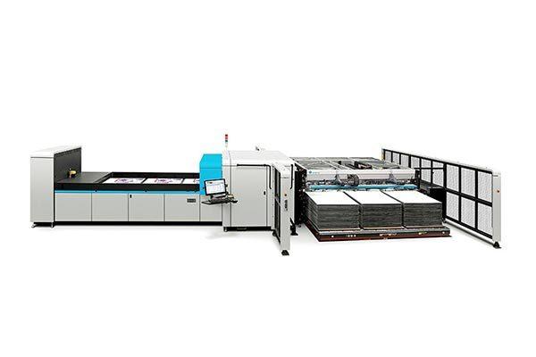 HP Scitex 17000 corrugated press.