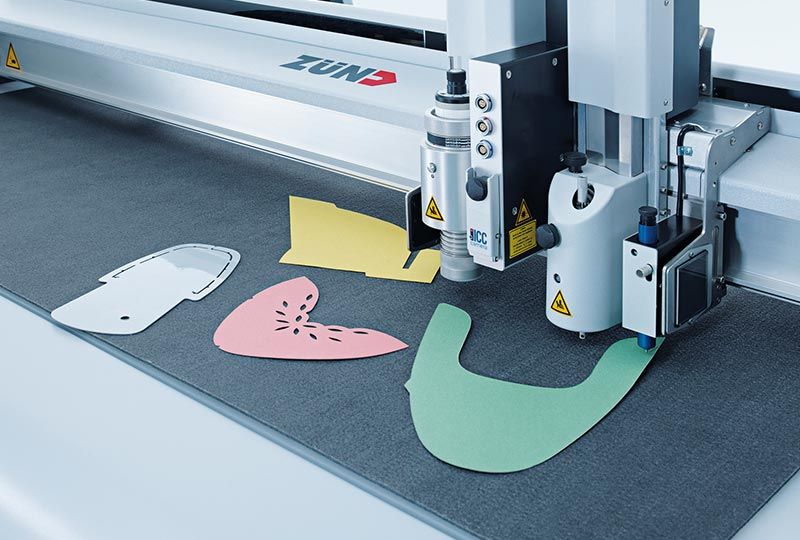 leather cutting – Processing of stencil materials with the Zünd L3 digital cutter.